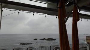 【体験談】葉山で海を眺めながらハンモック(エアリアル)ヨガしてみた