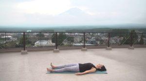 サップヨガで人気TAMAO(たまお)先生が山で魅せる世界遺産ヨガ2020