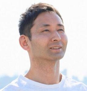 リラヨガ代表!乳井真介先生の腰痛改善ヨガ体験談@ブートホーム